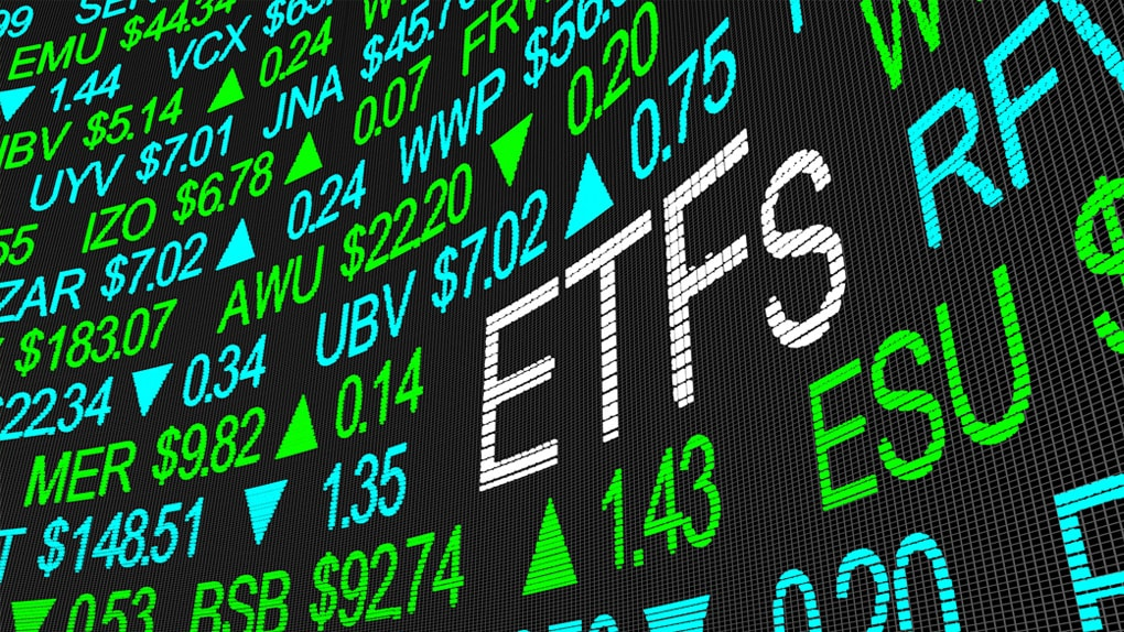 Bildschirm mit Kursen von ETFs