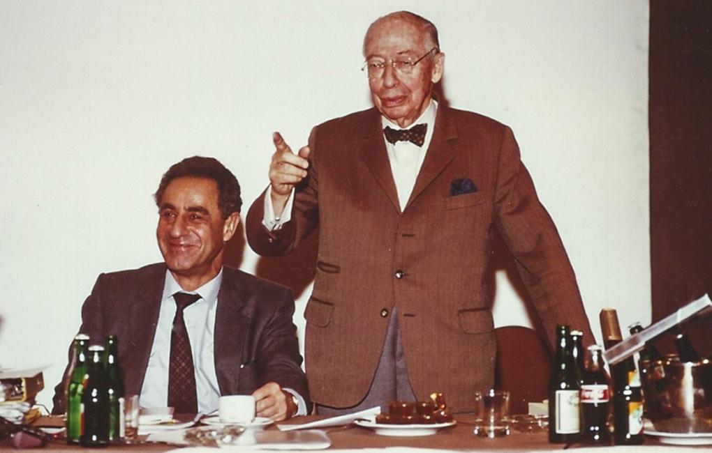 Gottfried Heller und André Kostolany auf einem Börsenseminar