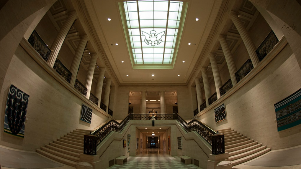 Das Atrium der Federal Reserve Bank in Washington DC