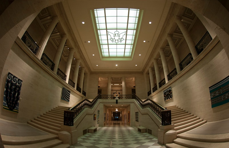 Atrium der Federal Reserve in Washington D.C.