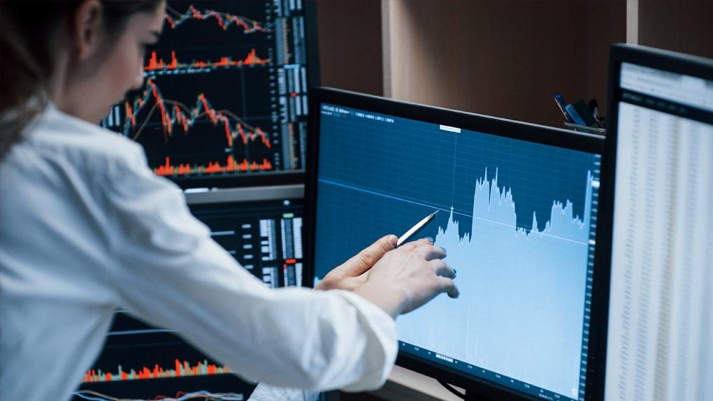 Investmentbanker beurteilen Kursverläufe